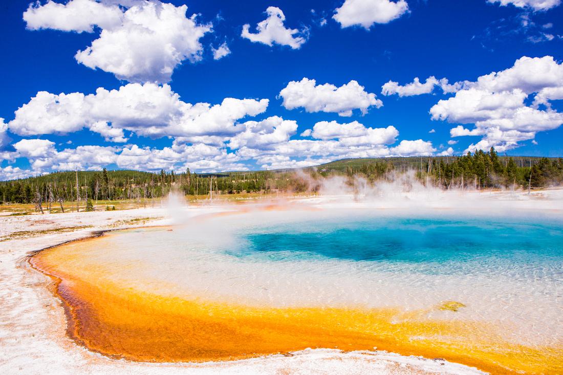 yellowstone geysers-003