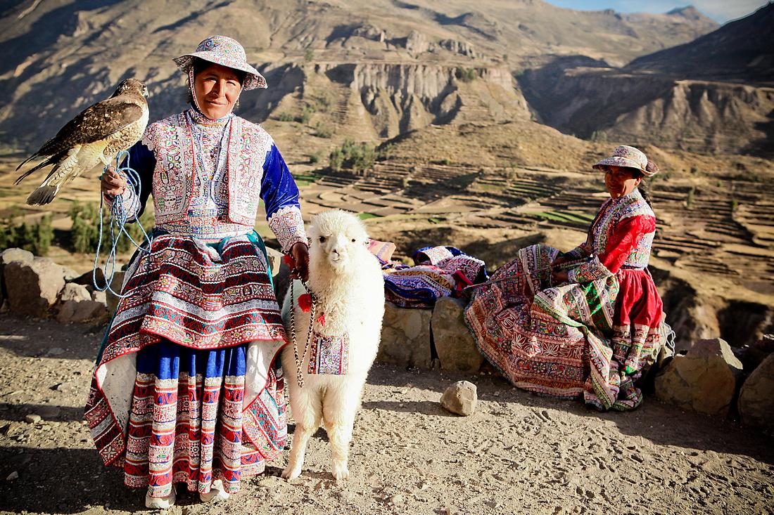 Colca Canyon Cholas